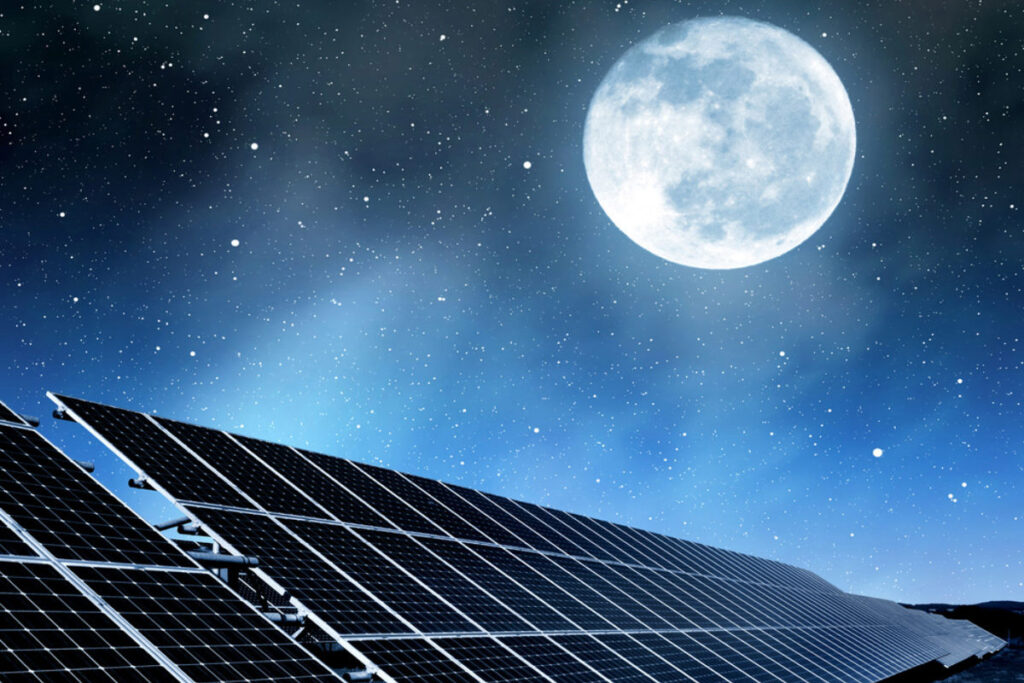 Jak działają panele słoneczne w nocy i pochmurne dni
